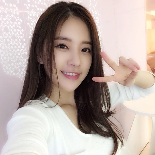 140510 Minkyung Instagram Update Core Contents Media